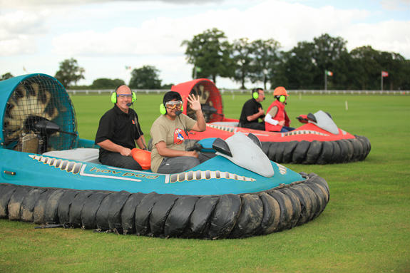 hovercraft-outdoor-team-building
