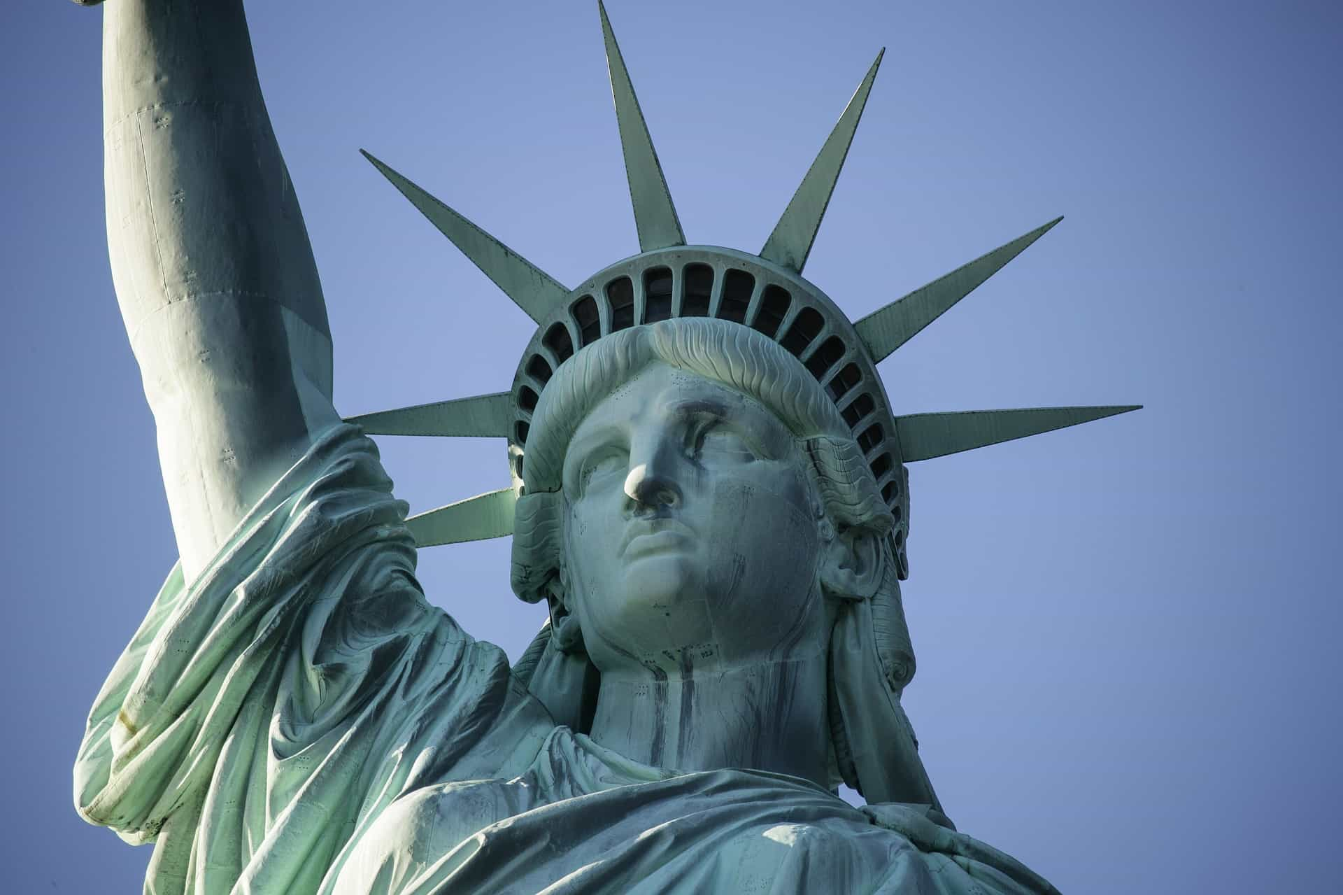 statue-of-liberty-828665_1920